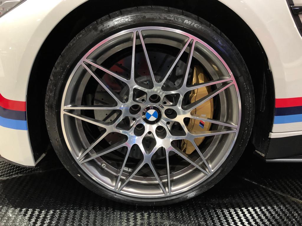 BMW M4 CS Performance