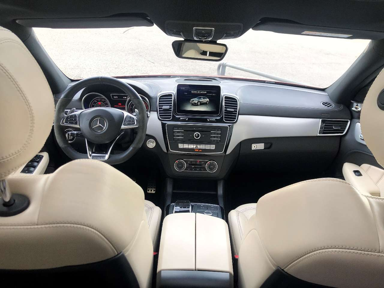 Mercedes Benz GLE 63 AMG S Interior