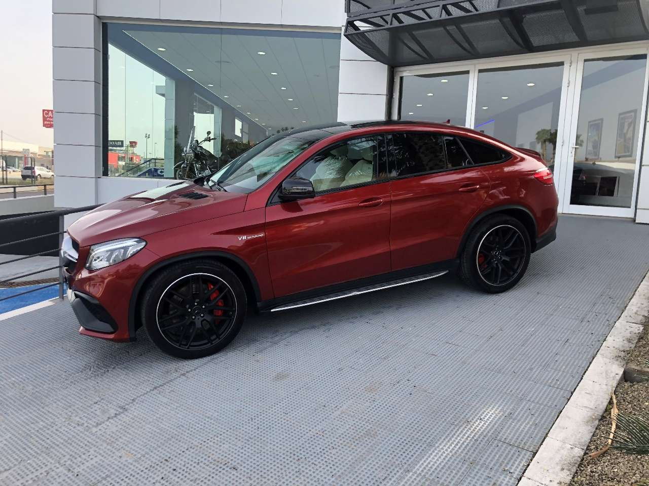 Mercedes Benz GLE 63 AMG S Lateral